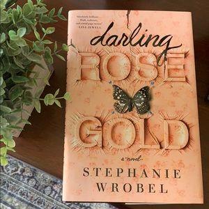 Darling Rose Gold by Stephanie Wrobel book ✨